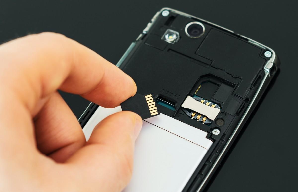 ストレージ sd 移動 から に 内部 カード Androidの内部ストレージの空き容量を増やすには?|AQUOS使いこなし技10選|AQUOS:シャープ