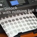 【動画】指紋認証はセキュリティに不安?指紋を印刷した紙でロック解除!