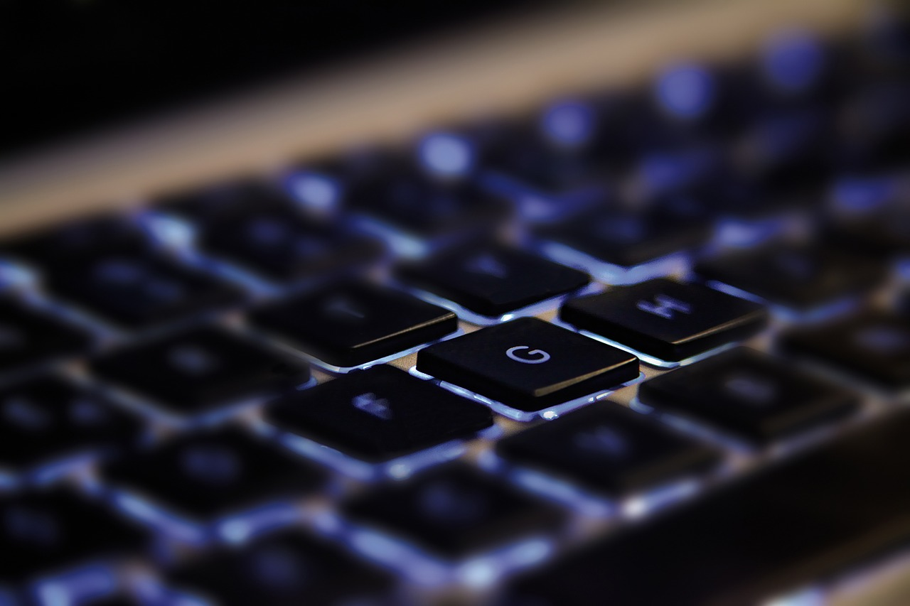 ThinkPadでキーボードのバックライトを光らせる方法(Windows)
