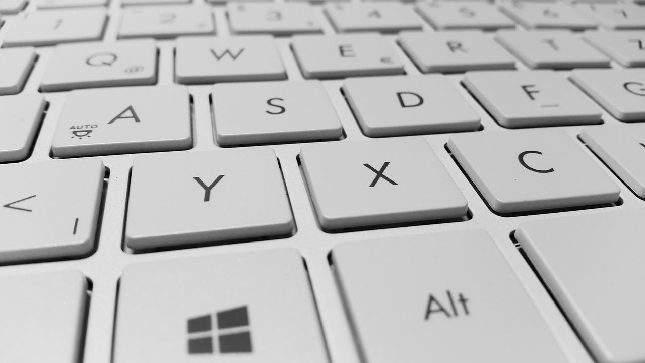 【Windows10】簡単!Fnを押さなくてもファンクションキーを使える様にする設定方法(BIOSする必要ナシ)
