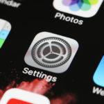 【iPhone/Android】アプリが勝手にダウンロードされるのを防ぐ設定方法